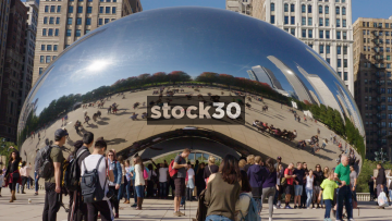 Timelapse Of The Cloud Gate Sculpture In Chicago, USA