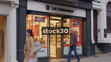 Le Creuset Store On High Street In Guildford, UK