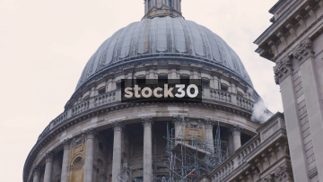 St.Paul's Cathedral Dome Zoom Out, UK
