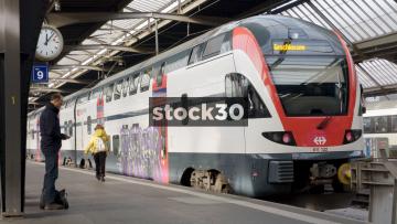 Double Decker Passenger Train At Zürich Hauptbahnhof Railway Station, Switzerland