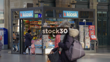 Timelapse Of K Kiosk News Stand in Zürich Hauptbahnhof Railway Station, Switzerland