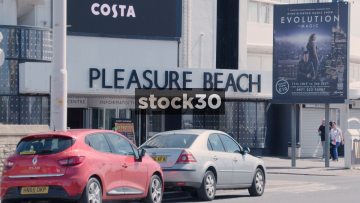 Blackpool Pleasure Beach Ticket Centre And Adventure Golf, UK