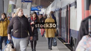 Passengers On Platform In Zürich Hauptbahnhof Railway Station, Switzerland