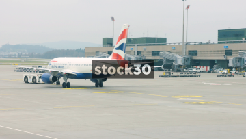 British Airways Passenger Plane Pushed Backwards At Zürich Airport, Switzerland