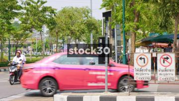 Thanon Phaya May Road And Traffic In Bangkok, Thailand