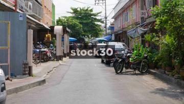 A Side Alley Off Phaya May Road In Bangkok, Thailand