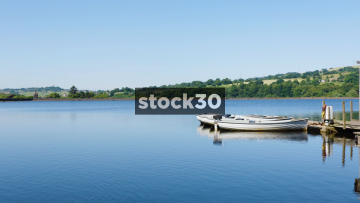 Wide Shot Of Arnfield Reservoir In Longendale, North Derbyshire, UK
