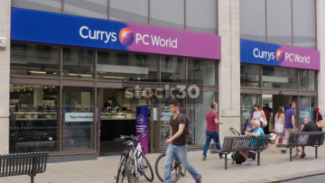 Currys PC World On The Headrow In Leeds, UK