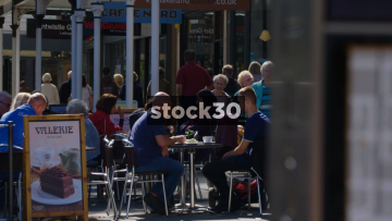 Southport Lord Street Outdoor Cafe, Zoom Out And Focus Pull To Map
