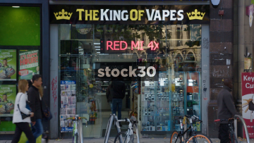 The King Of Vapes Electronic Cigarette Shop In Manchester, UK
