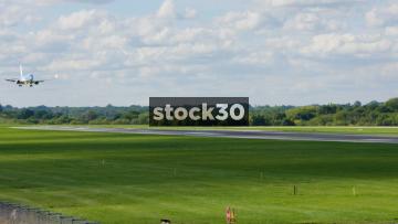 TUI Boeing 737-8K5 Landing At Manchester Airport, UK