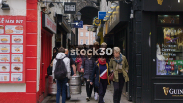 Slow Motion Shot Of Busy Alleyway In Temple Bar, Dublin, Ireland
