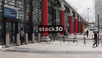 Liverpool Lime Street Station Side Entrance And Taxi Rank, UK