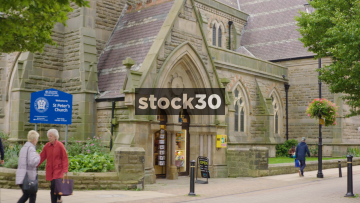 St.Peter's Church In Harrogate, Entrance And Sign, UK