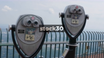 Man Using Coin Operated Binocular Viewers At Lookout Mountain, Chattanooga, Tennessee, USA