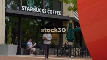 Starbucks Coffee On East Pratt Street In Baltimore, Maryland, Close Up And Wide Shot, USA
