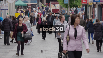 Slow Motion Shot Of Shoppers On Richmond Street In Liverpool, UK