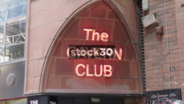 Liverpool Cavern Club Neon Sign And Exterior Tilt, UK