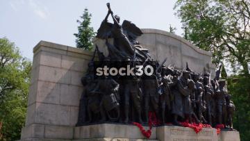 Bronze Statues On Northumberland Fusiliers Memorial In Newcastle Upon Tyne, UK
