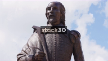 Timelapse Close Up Of William Shakespeare Statue In Stratford, UK