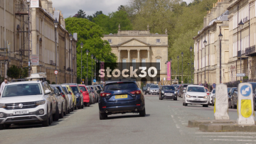 The Holburne Museum On Great Pulteney Street In Bath, Slow Zoom Out, UK