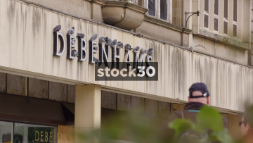 Closed Down Bedenhams Department Store In Nottingham, Close Up On Sign And Wide Shot, UK