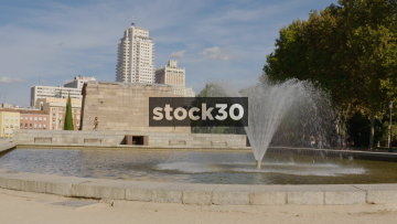 Slow Motion Shot Of The Fountain At The Temple Of Debod In Madrid, Spain